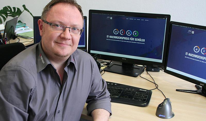 Daniel Strauß, Geschäftsführer der InterNexum GmbH und Initiator des IT-Nachwuchspreises