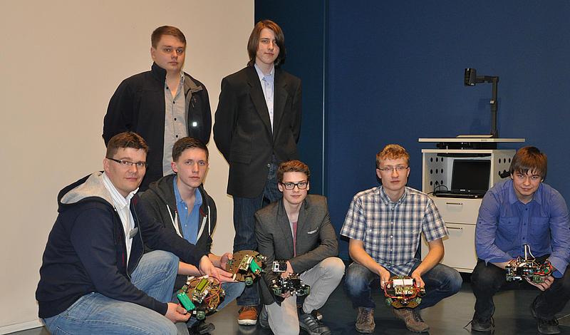 Spannende wissenschaftliche Wettkämpfe unter Abiturienten und selbstfahrende Roboter in Zittau